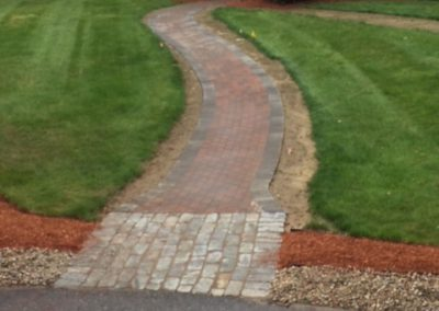 walkway-with-cobble-stone
